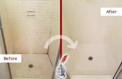 Before and After Picture of a Bogota Bathroom Grout Sealed to Remove Mold